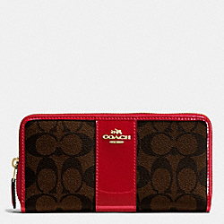 COACH BOXED ACCORDION ZIP WALLET IN SIGNATURE WITH PATENT LEATHER - IMITATION GOLD/BROW TRUE RED - F55733