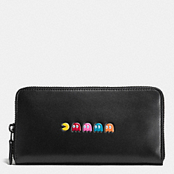 COACH PAC MAN ACCORDION ZIP WALLET IN CALF LEATHER - ANTIQUE NICKEL/BLACK - F55736