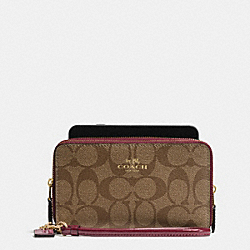 COACH BOXED DOUBLE ZIP PHONE WALLET IN SIGNATURE WITH PATENT LEATHER TRIM - IMITATION GOLD/KHAKI BURGUNDY - F55978