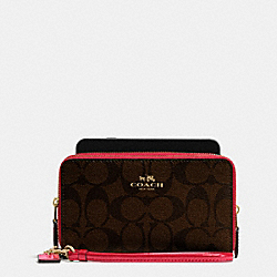 BOXED DOUBLE ZIP PHONE WALLET IN SIGNATURE WITH PATENT LEATHER TRIM - f55978 - IMITATION GOLD/BROW TRUE RED