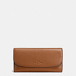 COACH CHECKBOOK WALLET IN PEBBLE LEATHER - IMITATION GOLD/SADDLE - F56488