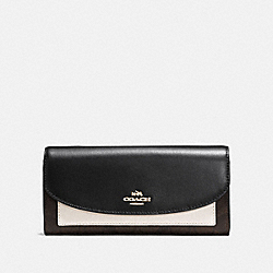 COACH SLIM ENVELOPE WALLET IN COLORBLOCK SIGNATURE CANVAS - brown/neutral multi/light gold - F56494
