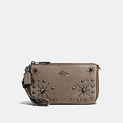 NOLITA WRISTLET 19 IN GLOVETANNED LEATHER WITH WESTERN RIVETS - f56524 - DARK GUNMETAL/FATIGUE