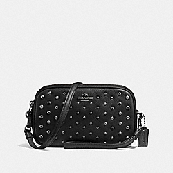 SADIE CROSSBODY CLUTCH WITH OMBRE RIVETS - DK/BLACK - COACH F56533