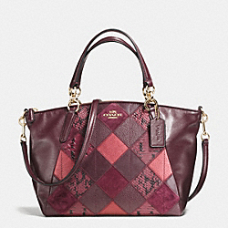 COACH SMALL KELSEY SATCHEL IN METALLIC PATCHWORK LEATHER - IMITATION GOLD/METALLIC CHERRY - F56848
