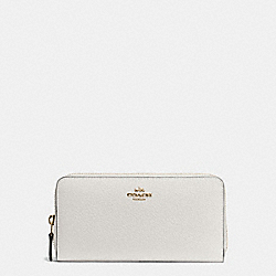 COACH ACCORDION ZIP WALLET IN PEBBLE LEATHER - IMITATION GOLD/CHALK - F57215