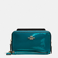 COACH DOUBLE ZIP PHONE WALLET IN PATENT LEATHER - IMITATION GOLD/ATLANTIC - F57314