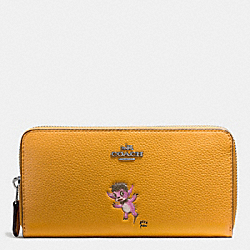 COACH BASEMAN X COACH ACCORDION ZIP WALLET IN POLISHED PEBBLE LEATHER - SILVER/MUSTARD - F57390