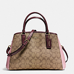 COACH SMALL MARGOT CARRYALL IN COLORBLOCK SIGNATURE - IMITATION GOLD/KHAKI OXBLOOD MULTI - F57492