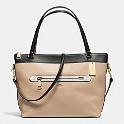 COACH TYLER TOTE IN GEOMETRIC COLORBLOCK POLISHED PEBBLE LEATHER - IMITATION GOLD/BEECHWOOD/CHALK MULTI - F57496