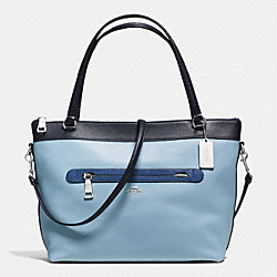 COACH TYLER TOTE IN GEOMETRIC COLORBLOCK POLISHED PEBBLE LEATHER - SILVER/MIDNIGHT BLUE MULTI - F57496