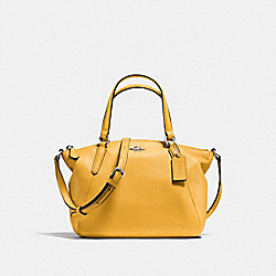 MINI KELSEY SATCHEL IN PEBBLE LEATHER - f57563 - SILVER/BANANA