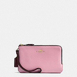 COACH DOUBLE CORNER ZIP WALLET IN COLORBLOCK LEATHER AND SIGNATURE - IMITATION GOLD/KHAKI OXBLOOD MULTI - F57585