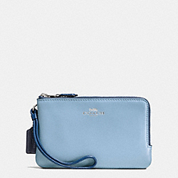 COACH DOUBLE CORNER ZIP WALLET IN COLORBLOCK LEATHER AND SIGNATURE - SILVER/KHAKI/BLUE MULTI - F57585