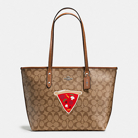COACH f57614 NYC PIZZA CITY ZIP TOTE IN SIGNATURE SILVER/KHAKI/SADDLE