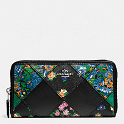 COACH ACCORDION ZIP WALLET IN FLORAL PATCHWORK LEATHER - SILVER/BLACK MULTI - F57650