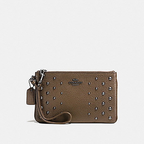 COACH SMALL WRISTLET IN POLISHED PEBBLE LEATHER WITH OMBRE RIVETS - DARK GUNMETAL/FATIGUE - f57862