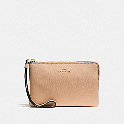 COACH CORNER ZIP WRISTLET IN CROSSGRAIN LEATHER - IMITATION GOLD/BEECHWOOD - F58032