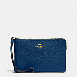COACH CORNER ZIP WRISTLET IN CROSSGRAIN LEATHER - IMITATION GOLD/MARINA - F58032