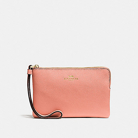 COACH CORNER ZIP WRISTLET - MELON/LIGHT GOLD - F58032