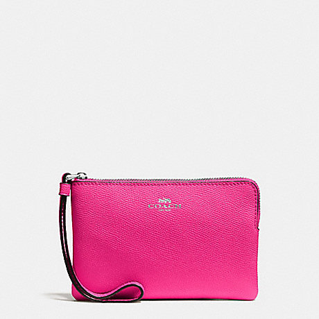 COACH CORNER ZIP WRISTLET IN CROSSGRAIN LEATHER - SILVER/BRIGHT FUCHSIA - f58032