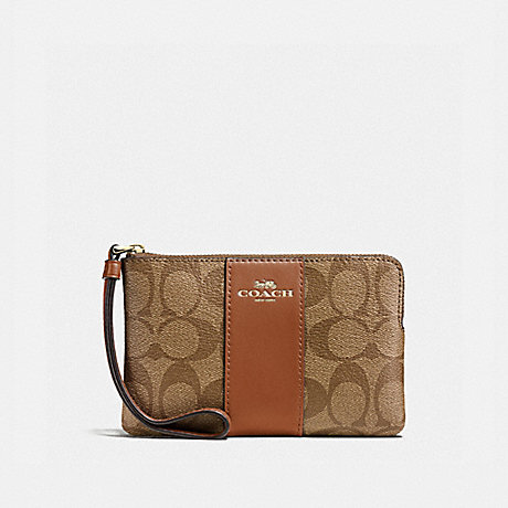 COACH CORNER ZIP WRISTLET - LIGHT GOLD/KHAKI - f58035