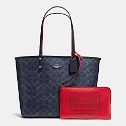 REVERSIBLE CITY TOTE IN DENIM SIGNATURE - SILVER/DENIM MIDNIGHT - COACH F58293