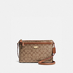 EAST/WEST CROSSBODY WITH POP UP POUCH IN SIGNATURE - f58316 - IMITATION GOLD/KHAKI/SADDLE