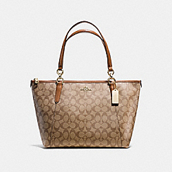 AVA TOTE IN SIGNATURE - f58318 - IMITATION GOLD/KHAKI/SADDLE