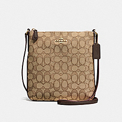 NORTH/SOUTH CROSSBODY IN OUTLINE SIGNATURE JACQUARD - f58421 - IMITATION GOLD/KHAKI/BROWN