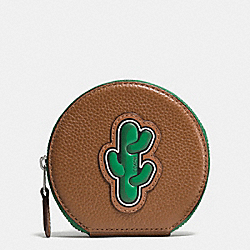 COIN CASE IN PEBBLE LEATHER WITH CACTUS - f59408 - SILVER/MULTI