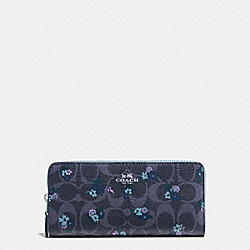 COACH SLIM ACCORDION ZIP WALLET IN SIGNATURE C RANCH FLORAL PRINT COATED CANVAS - SILVER/DENIM MULTI - F59729