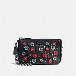NOLITA WRISTLET 19 WITH TEA ROSE AND SNAKESKIN DETAIL - DARK GUNMETAL/BLACK CLOUD MULTI - COACH F59772