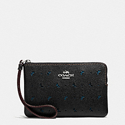 COACH CORNER ZIP WRISTLET IN PERFORATED CROSSGRAIN LEATHER - SILVER/BLACK - F59796
