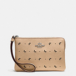 CORNER ZIP WRISTLET IN PERFORATED CROSSGRAIN LEATHER - f59796 - SILVER/BEECHWOOD