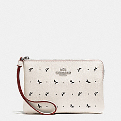 CORNER ZIP WRISTLET IN PERFORATED CROSSGRAIN LEATHER - f59796 - SILVER/CHALK