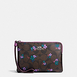 CORNER ZIP WRISTLET IN SIGNATURE C RANCH FLORAL COATED CANVAS - SILVER/BROWN MULTI - COACH F59824