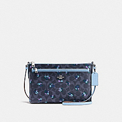 EAST/WEST CROSSBODY WITH POP-UP POUCH IN SIGNATURE RANCH FLORAL COATED CANVAS - f59841 - SILVER/DENIM MULTI