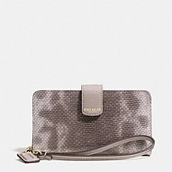 COACH MADISON PHONE WALLET IN EMBOSSED SPOTTED LIZARD LEATHER - LIGHT GOLD/SILVER - F62292
