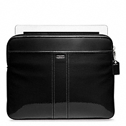 PATENT LEATHER EAST/WEST UNIVERSAL SLEEVE - SILVER/BLACK - COACH F62820