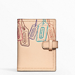 COACH LEATHER MOTIF PASSPORT CASE - ONE COLOR - F62856
