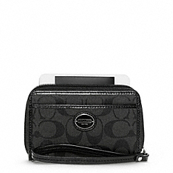 COACH SIGNATURE EAST/WEST UNIVERSAL CASE - SILVER/BLACK/BLACK - F63056
