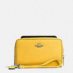 COACH DOUBLE ZIP PHONE WALLET IN EMBOSSED TEXTURED LEATHER - SILVER/CANARY - F63112