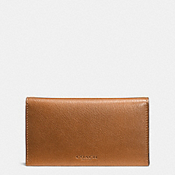 COACH BIFOLD PHONE CASE IN SPORT CALF LEATHER - SADDLE - F63224