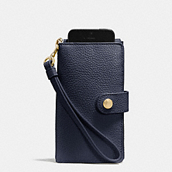 PHONE CLUTCH IN PEBBLE LEATHER - f63653 - LIGHT GOLD/NAVY