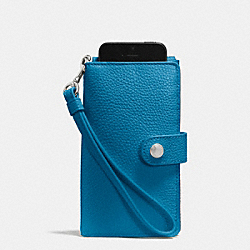PHONE CLUTCH IN PEBBLE LEATHER - f63653 - SILVER/PEACOCK