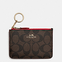 COACH KEY POUCH WITH GUSSET IN SIGNATURE - IMITATION GOLD/BROWN TRUE RED - F63923