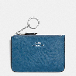 COACH KEY POUCH WITH GUSSET IN CROSSGRAIN LEATHER - SILVER/SLATE - F64064