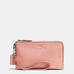 COACH DOUBLE CORNER ZIP WRISTLET IN PEBBLE LEATHER - SILVER/BLUSH - F64130