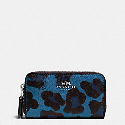 COACH DOUBLE ZIP COIN CASE IN OCELOT PRINT COATED CANVAS - SILVER/SLATE - F64241